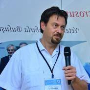 El cerrahisi Prof. Dr. Taçkın Özalp