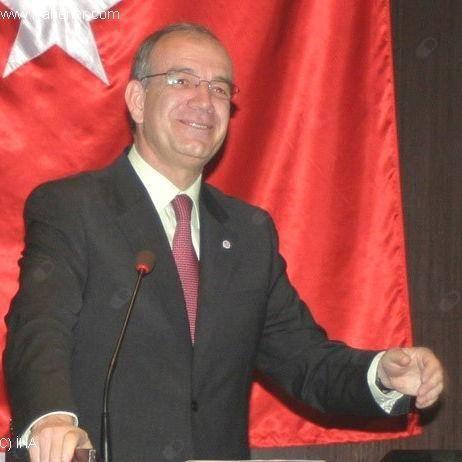 Göğüs cerrahisi Prof. Dr. Levent Elbeyli